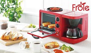 これ1台でコーヒー・トースト・目玉焼きの調理が可能。色鮮やかなレッドカラーが、キッチンを華やかに彩る。朝の忙しい時間に活躍《フローレ トリオクッカー FR-100》