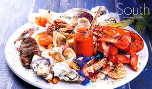 【フリーフロー180分付き】同店イチオシの9種の魚介を豪快に盛り付けたシーフードプラッターをご賞味あれ。オセアニアの大地と海の恵みを、煌めく夜景とともに満喫《ディナーコース/恵比寿ガーデンプレイスタワー39F》