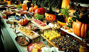 【ランチビュッフェ/セリーズ】9月からの秋メニューはハロウィンをテーマ。旬の食材やハロウィンカラーを取り入れて、フォトジェニックに《シェフズ・フェイバリッツ+スパークリングワイン》【月~金(祝日除く)限定】