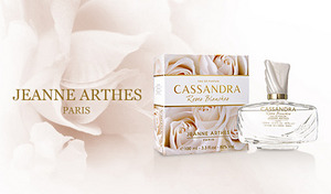 【76%OFF】フルーティーフローラルの上品な香り。落ち着いた大人の女性の魅力を引き立てるフレグランス《ジャンヌ・アルテス カッサンドラ ホワイトローズ EDP 100mL》