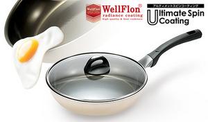 【57%OFF】特殊な加工でコーティングがはがれにくく、油を減らしたヘルシーな調理が可能に。お手入れも簡単で使い勝手のよいキッチンウェア《アルティメットスピンコーティング フライパン26cm(ガラス蓋付)》
