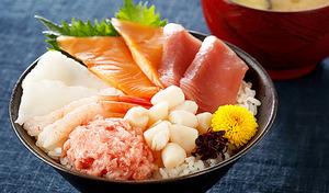 【送料込み】これぞ海の玉手箱  焼津産マグロ使用《豪華 6種の海鮮丼セット7人前》6種類もの豪華な海の幸を解凍だけで簡単にお召し上がりいただけます。1食ずつ解凍できるから1人暮らしにも便利
