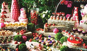 【いちごスイーツビュッフェ】イギリス、フランス、ベルギーにちなんだいちごを使ったスイーツとセイボリー《いちごスイーツビュッフェ+スパークリング》【月~金曜(祝日を除く)限定】