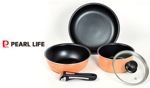 【2色展開】少量の油で調理でき、汚れがこびりつきにくいふっ素樹脂加工を採用。オール熱源に加え、オーブン調理対応で、幅広い調理に活躍《マイライフ ふっ素加工IH対応クックウェアミニ5点セット》