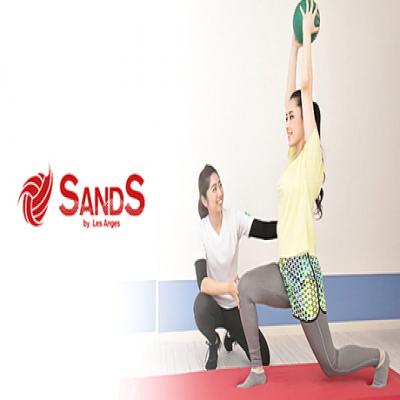 【ダイエットトレーニング4回/プロアスリート考案】ビーチの足場の悪い環境を取り入れたトレーニングで速攻サイズダウン&スリムアップへ《SANDSパーソナルダイエットシステム50分×4回+入会金》