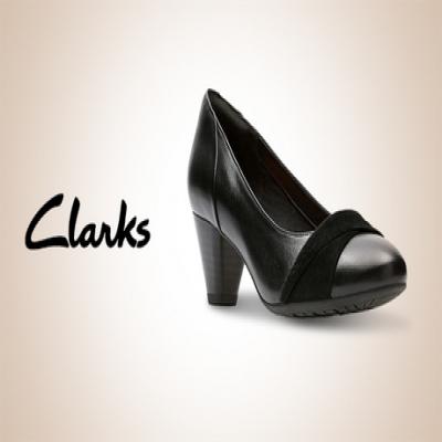 【60%OFF/Clarks/Women's】どんなスタイルにも合うシンプルなデザインが魅力的。スカートスタイルからパンツスタイルまで、さまざまなコーディネートに活躍《Denny Louise》