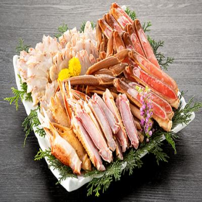 【予約販売/送料込み】カニならではの濃厚な旨味と食べ応えのある身を堪能。ソテーやカニ鍋などの料理で、ちょっと贅沢な時間を満喫《生ズワイガニ 1.8kg(加熱用/化粧箱)》