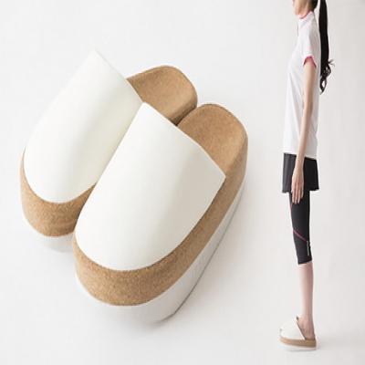 【選べる3色】履くだけで気になる下腹・ヒップ・ふくらはぎを簡単トレーニング。美しい姿勢をキープして理想のボディラインへ《Sliet(スリエット)》