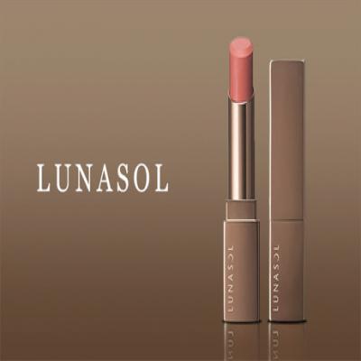 【選べる5色】《ルナソル フルグラマーリップス》うるっと艶やかな唇に。ひと塗りでつけたてのみずみずしい潤いが長続き。ナチュラルカラーが肌を明るく美しい印象に