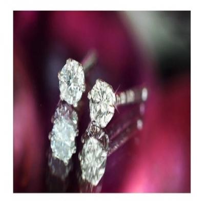 【89%OFF】天然ダイヤモンド計0.1ctPt100ピアス